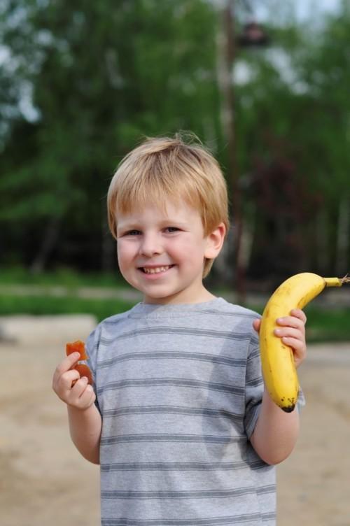 5 عناصر يجب أن تحويها وجبة الطفل المدرسية!