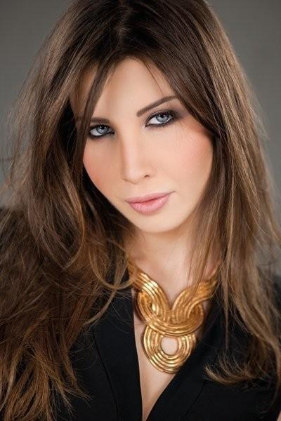 نانسي عجرم ترفع اسم لبنان