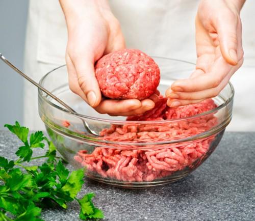 اللحم المفروم: 5 أمور عليك أخذها في الاعتبار!