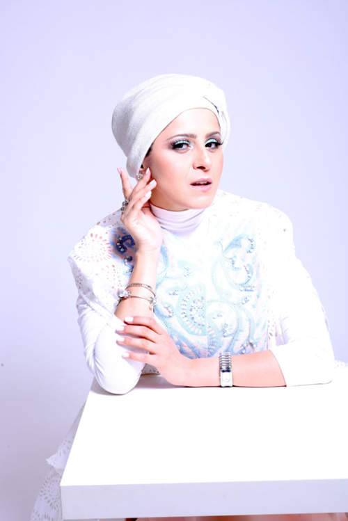 مدونة الأزياء والجمال Wafa Yahya تتحدث عن المستحضرات التجميلية الحلال!