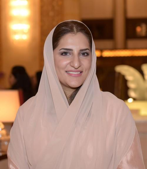 المصممة العمانية Amal Al Raisi: كل إمرأة هي إمرأة ناجحة!