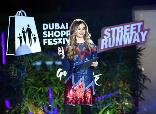 تمتّعي بأجمل عروض الأزياء خلال مهرجان دبي للتسوق