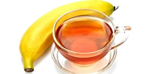 طريقة تحضير الشاي مع الموز لعلاج الأرق