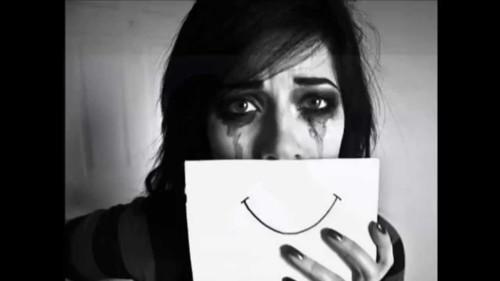 ما هي أسباب الكآبة في سن المراهقة؟