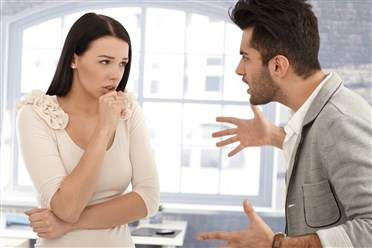 زوجك ينتقدك باستمرار؟