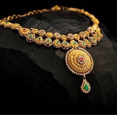 بيور جولد للمجوهرات تقدم عروضاً حصريةُ بمناسبة احتفالات ديوالي