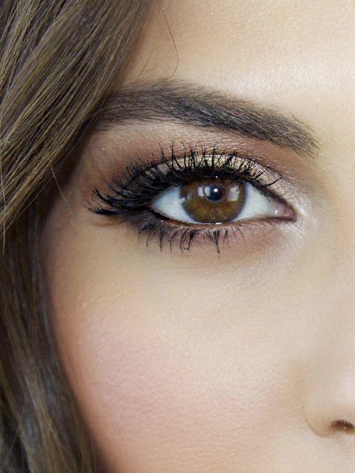 انواع العيون Ellearabia