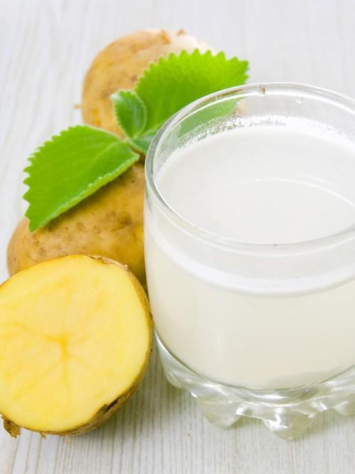 ما هي الفوائد الجمالية لعصير البطاطا؟
