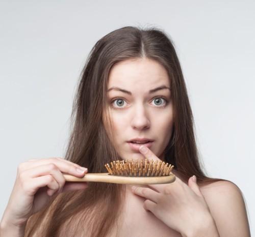 5 طرق فعالة للحدّ من تساقط الشعر
