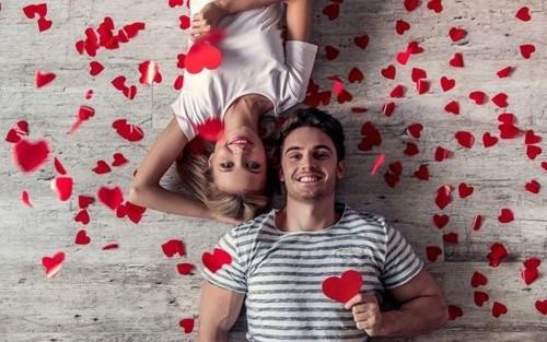 4 أفكار لممارسة العلاقة الحميمة في عيد الحب