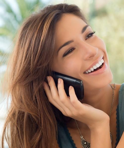 7 طرق لحماية البشرة من أضرار الهاتف الذكيّ