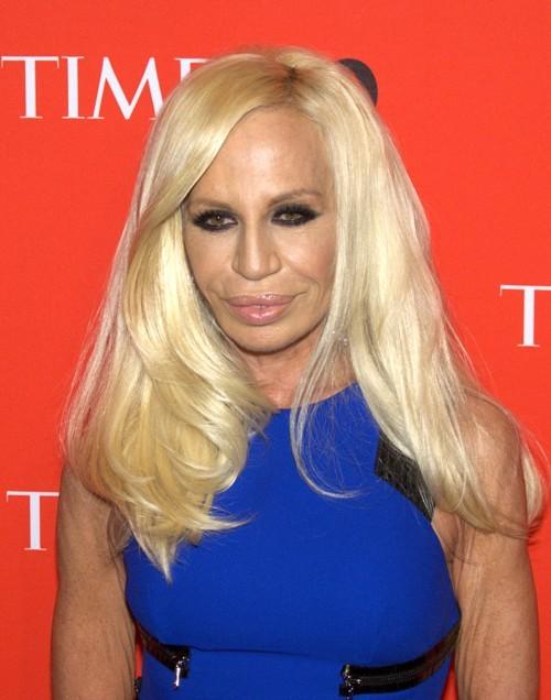 قطعة ملابس لن تتوقف دوناتيلا فيرساتشي عن ارتداءها!