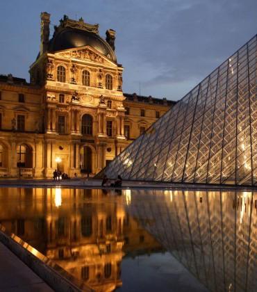 لماذا منع متحف اللوفر من عرض أغلى لوحة في العالم؟