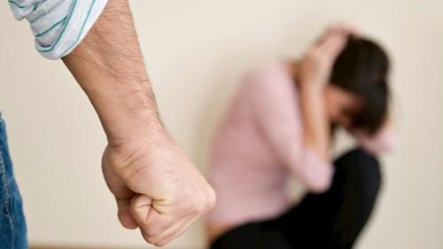 ما هي الآثار النفسية للعنف الأسري على الأطفال؟