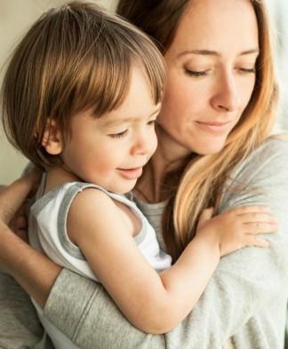 تربية الأبناء دون أب.. حمل ومسؤولية