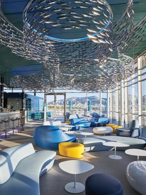 ديكور خيالي في NHOW أحدث فنادق مارسيليا