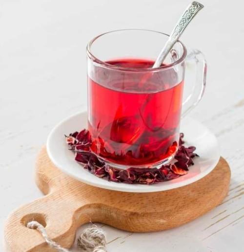 فوائد المشروبات الرمضانية للبشرة والشعر