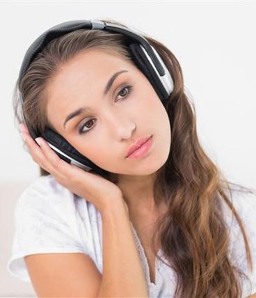 هل الموسيقى الحزينة تنعش مزاج المصابين بالاكتئاب؟