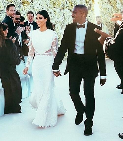 كيم كارداشيان تحتفل بذكرى زواجها بطريقة مميزة