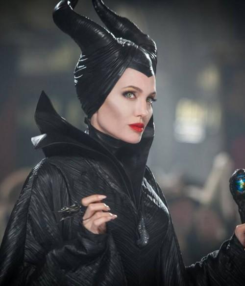 بالفيديو:الإعلان الرسمي لMaleficent 2 لأنجلينا جولي