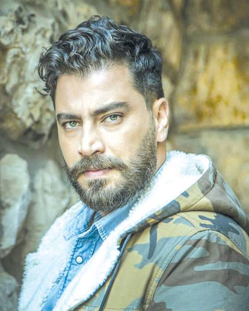من هو الممثل التركي الذي يشبه معتصم النهار؟