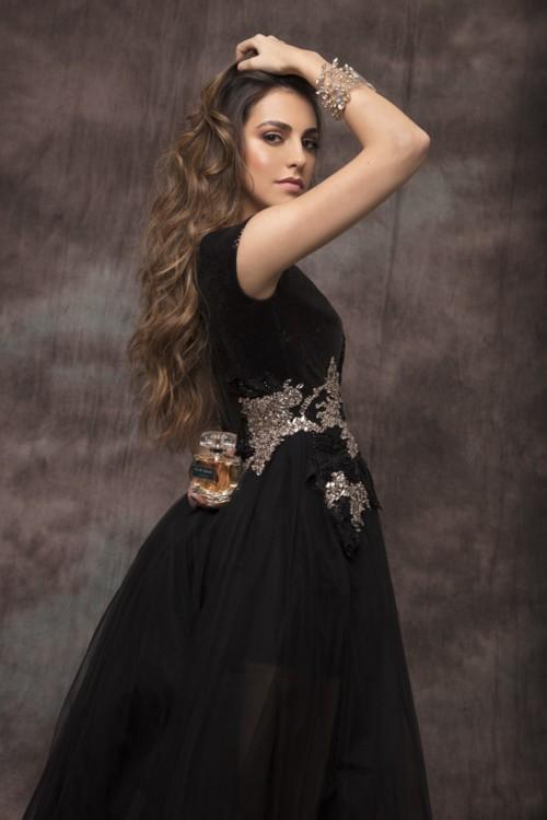 فاليري أبو شقرا: ملكة على عرش العطور