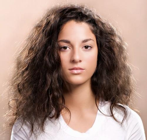 3 طرق طبيعية لمنع تطاير الشعر