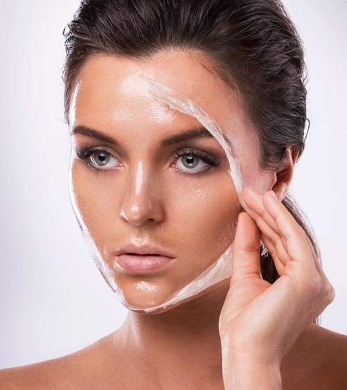 ماسك طبيعي لشدّ البشرة في 20 دقيقة فقط