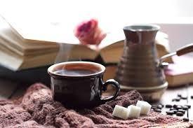 هل تسبّب القهوة انتفاخ البطن؟