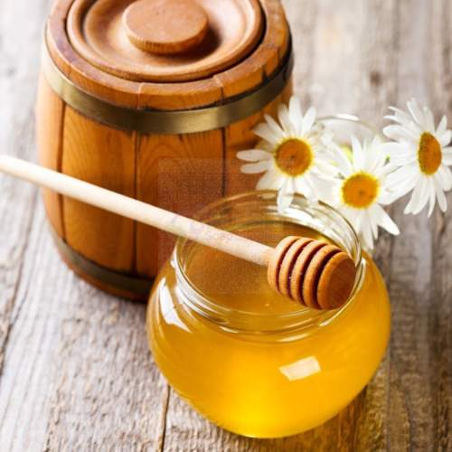 كيف تستخدمين العسل لمعالجة مشاكل الشعر؟