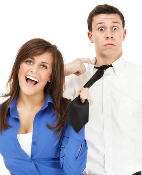 أفضل 6 طرق للسيطرة على زوجك