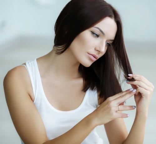 ودّعي الشعر التالف قبل الأعياد بـ5 طرق طبيعية