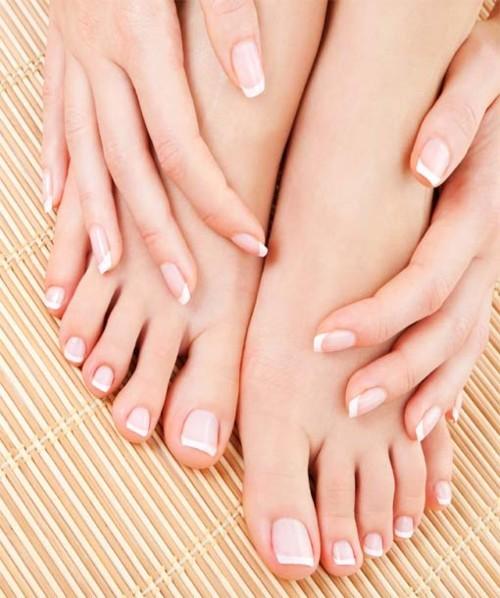 3 خلطات طبيعية لتنعيم القدمين قبل حلول الأعياد