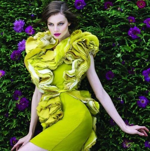 الموضة الصديقة للبيئة تغزو دور الأزياء العالمية