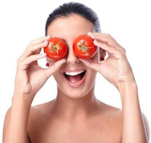 ماسك الطماطم للتخلص نهائياً من زيوت البشرة