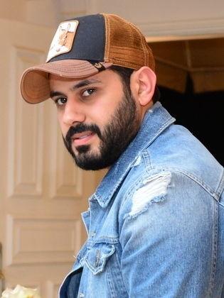 عبدالله بوشهري ومفاجأة تتعلق بفيروس كورون