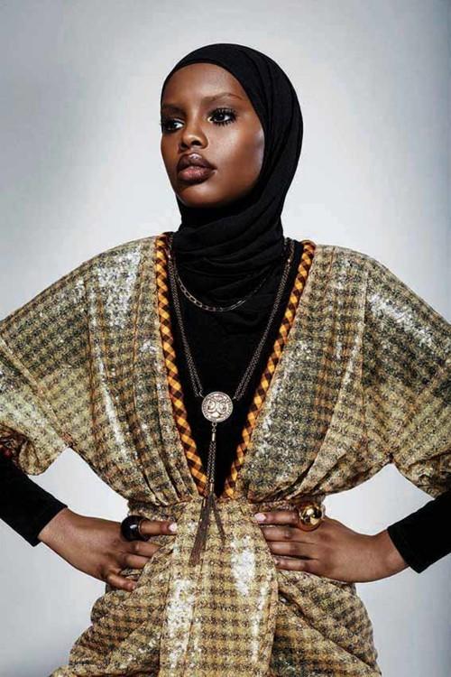 مقابلة: Elle Arabia بين أيادٍ... أمينة!