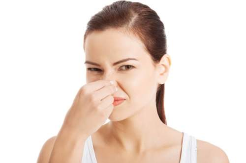 6 أطعمة تسبب رائحة جسم كريهة