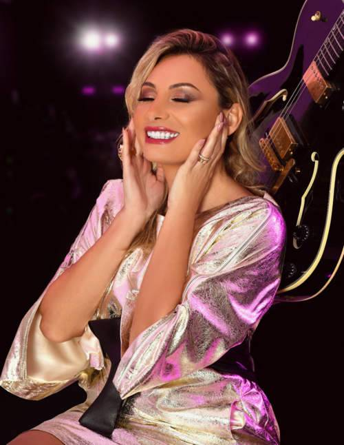 مقابلة مع المغنية ورائدة الأعمال نادين شماس