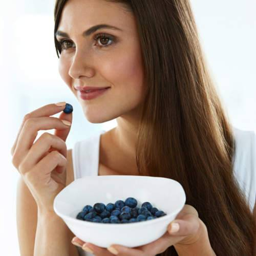 فوائد التوت الأزرق في محاربة الشيخوخة