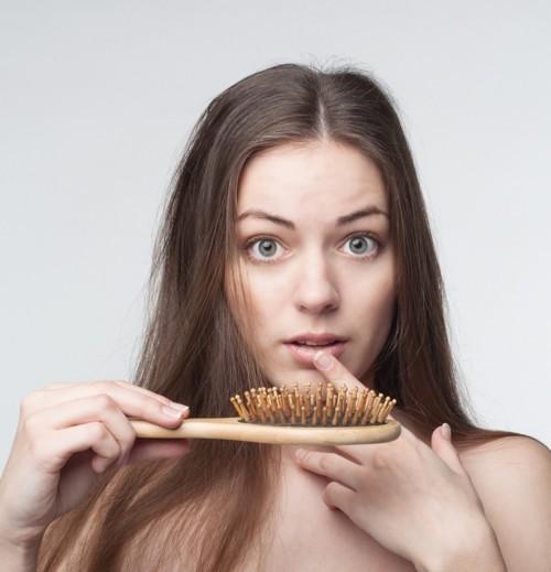 7 أطعمة تمنع تساقط الشعر