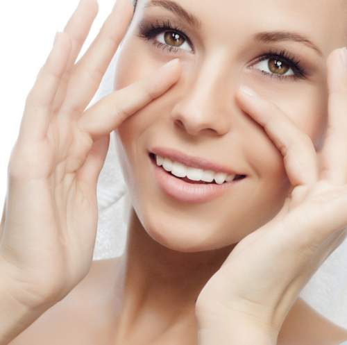 3 طرق طبيعية للتخلص من تجاعيد حول العين