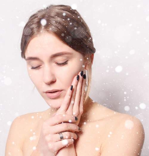 7 نصائح تخلّصك من البشرة الجافة في الشتاء