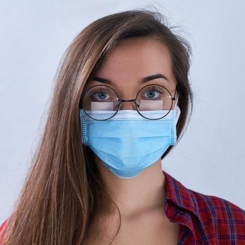 هل تحمي النظارات الطبية من فيروس كورونا؟