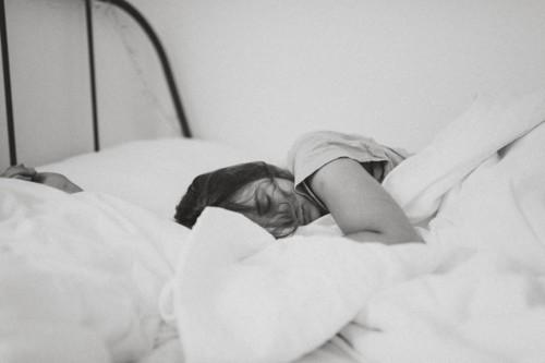 6 عادات لتحسين جودة النوم