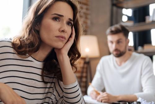 كيفية التعامل مع الزوج الكاذب