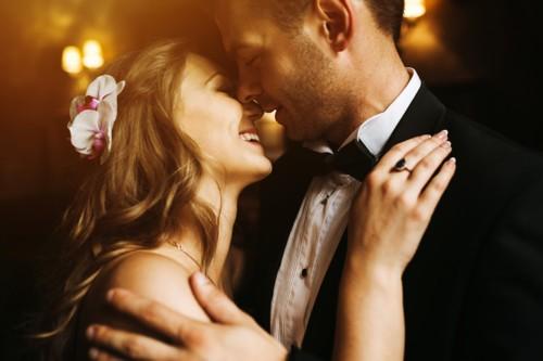 5 نصائح لمساعدتك على إظهار عشقك لزوجك