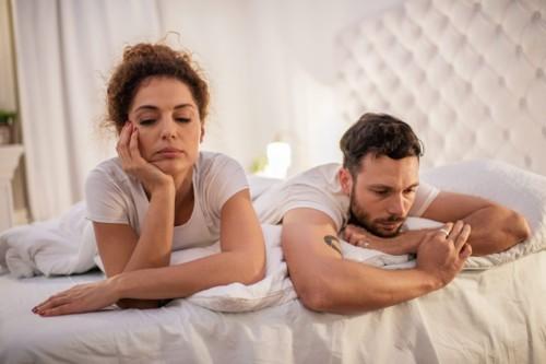 5 علامات تشير أن شريكك أناني في السرير
