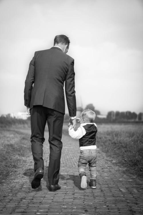أهمّية اللعب بين الأب والطفل