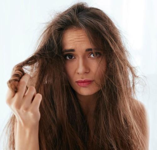 عالجي شعركِ التالف بـ3 مكونات فقط